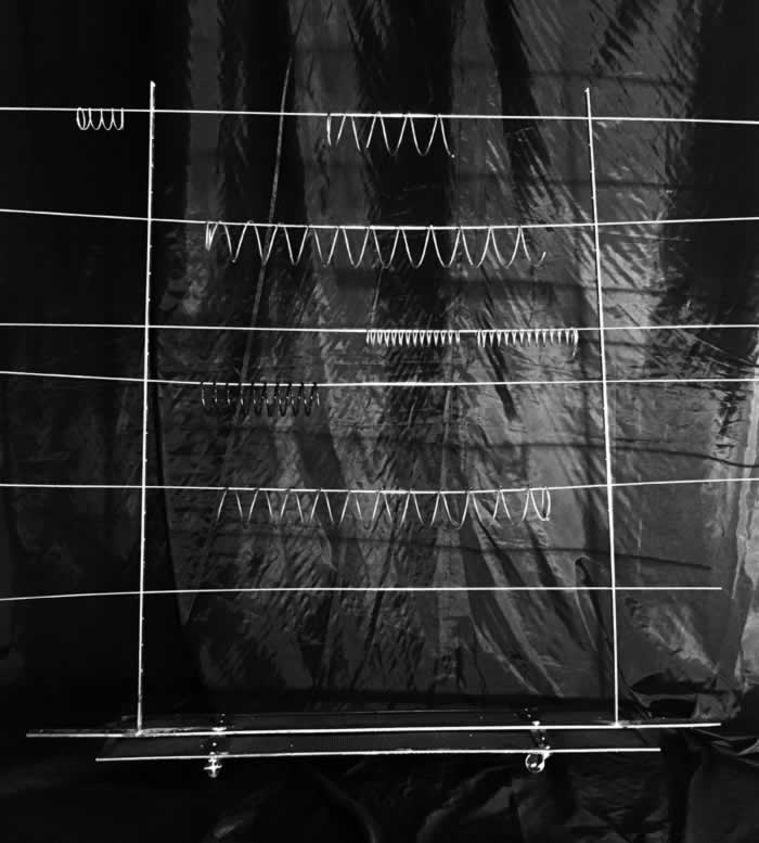 Studio (di) molle: Macchina mobile del suono (di) molle, 2017
